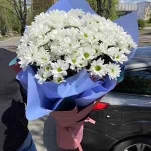 букет белых хризантем в Мариуполе
