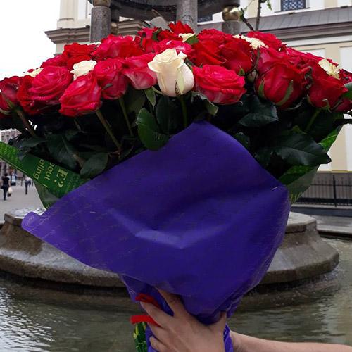 101 роза в Мариуполе