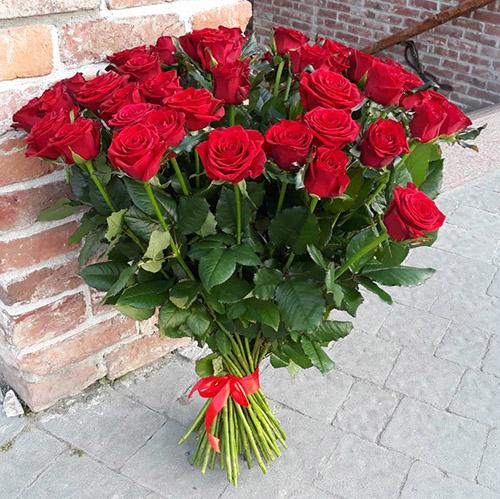 букет роз в Мариуполе