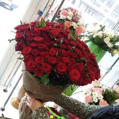 фото 101 красная роза с доставкой мариуполь