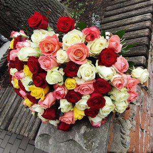 Букет 101 роза микс пять сортов