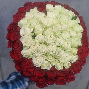 букет из 101 роза в виде сердца в Мариуполе фото