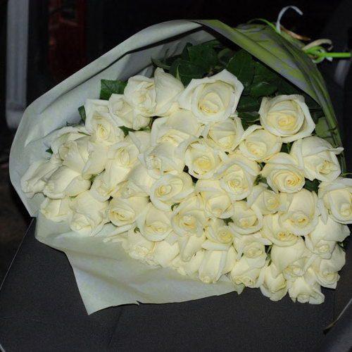 белые розы с доставкой мариуполь фото