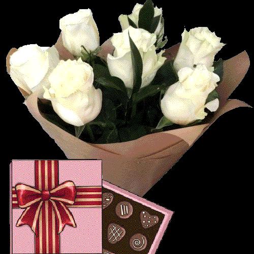 Фото товара 7 белых роз с конфетами