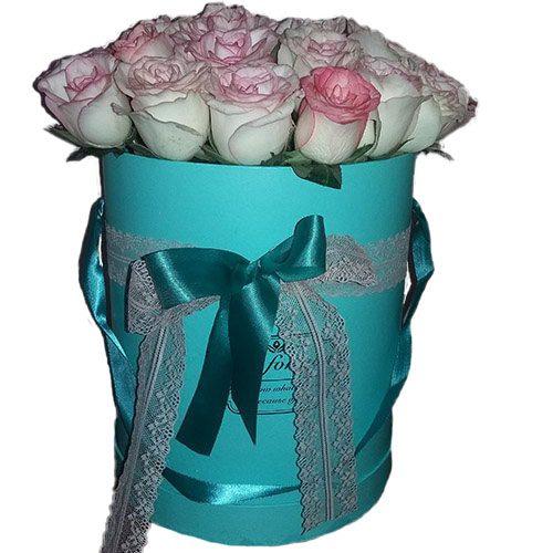Фото товара 21 элитная розовая роза в шляпной коробке