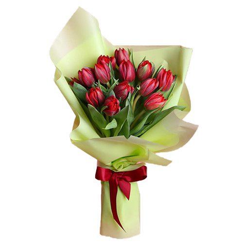 Фото товара 15 красных тюльпанов в зелёной упаковке