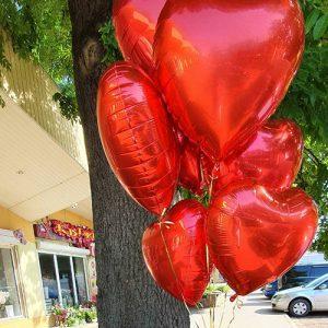 шарики в форме сердца в Мариуполе