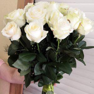 букет белых роз в Мариуполе на день рождения