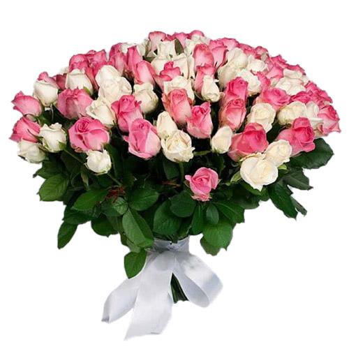 фото букета 101 белая и розовая роза