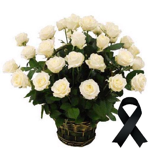 Фото товара 36 белых роз в корзине